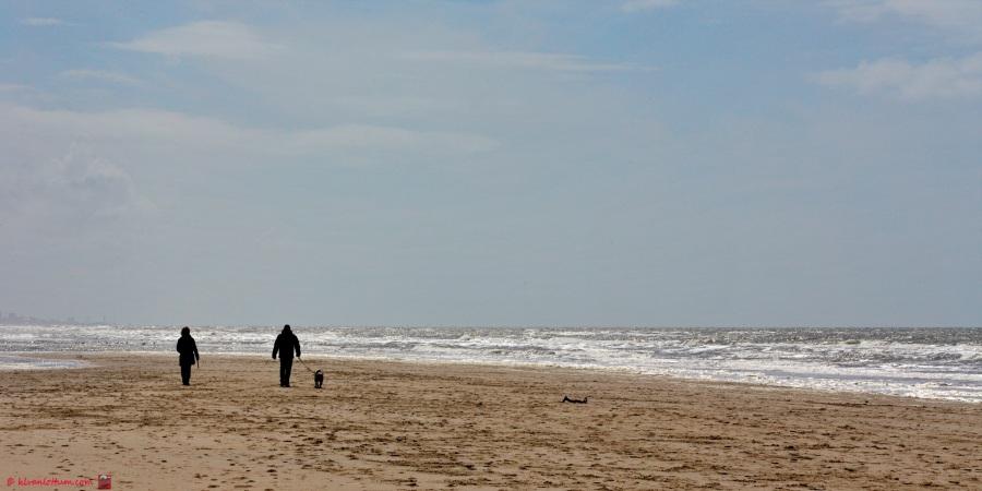 Met z'n drieën - strand Noordwijk